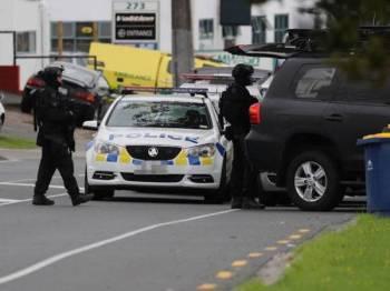 Polis West Auckland menerima laporan berlaku insiden tembakan awal pagi tadi.