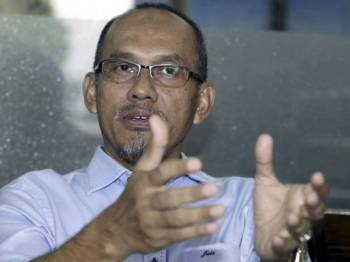 Bendahari UMNO Johor, Datuk Md Jais Sarday dengan rendah diri menzahirkan pandangan Sultan Johor boleh menangguh atau memansuhkan Dewan Negeri.