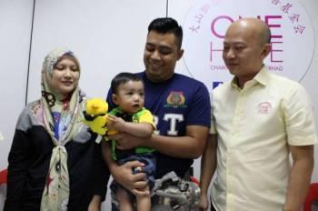 Muhammad Syawal disahkan menghidap masalah jantung sejak berusia sebulan.