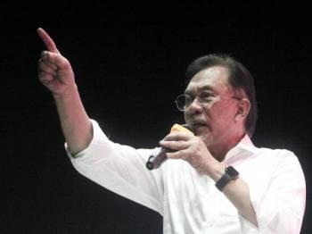 Anwar Ibrahim - Foto Bernama