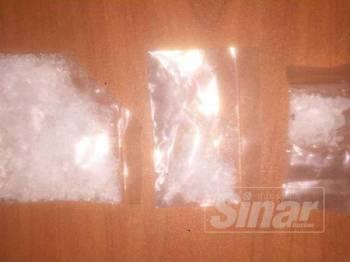 Syabu yang diletakkan dalam plastik lut sinar yang dirampas dari suspek semalam.