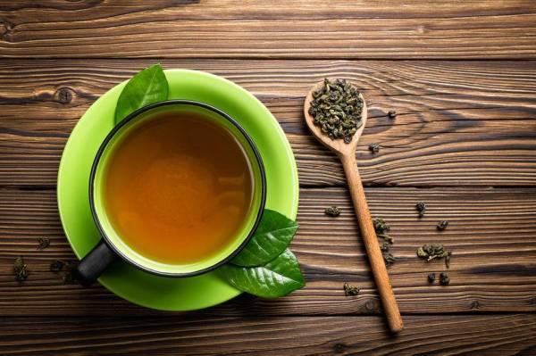 Minum secawan teh hijau tanpa gula setiap hari lebih baik.
