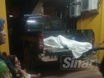 Mayat mangsa di hantar ke klinik sebelum ke Hospital Kuala Krai.