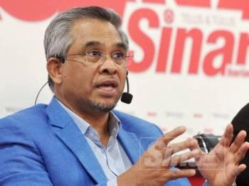 Dr. Mohd Daud Bakar ketika berucap dalam wacana Sinar Harian, semalam. - Foto Sinar Harian Rosli Talib