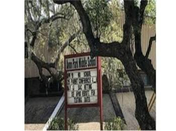 Dua remaja perempuan dari Sekolah Menengah Avon Park Florida di Amerika Syarikat ditahan kerana merancang pembunuhan. - Foto WFLA