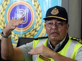 Ketua Pengarah Jabatan Pengangkutan Jalan (JPJ) Datuk Seri Shaharuddin Khalid ketika sidang media di Kementerian Pengangkutan mengenai 'Ops Tutup' di sekitar daerah Sepang hari ini. - Foto Bernama