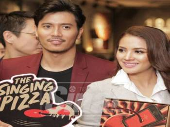 Nyanyian Fattah Amin dan Fazura melalui lagu 'paling sempurna' turut tersenarai dalam 'The Singing Pizza'.