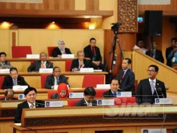 Ahmad Faizal dalam sesi penggulungan perbahasannya menaruh keyakinan terhadap penjawat awam di negeri ini membantu pentadbiran kerajaan pimpinannya.