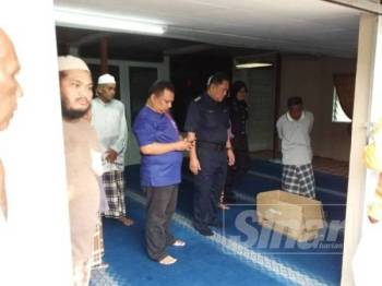 Bayi perempuan cukup sifat di temui di Masjid Lama Ara Kuda di Tasek Gelugor, Pulau Pinang.