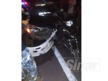Keadaan motosikal dua beranak yang maut dalam kemalangan di Jalan Bendang Morak.