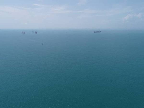 Keadaan laut di kawasan berkenaan yang bebas daripada sisa minyak tersebut.