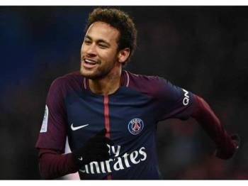 Keterlanjuran itu menyebabkan Neymar digantung tiga perlawanan. - Foto AFP