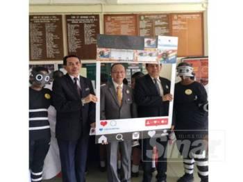 Keunikan Skuad Patrol Denggi SMK Convent Taiping turut mendapat perhatian wakil guru sekolah dari Thailand yang mengadakan lawatan ke sekolah itu baru-baru ini.