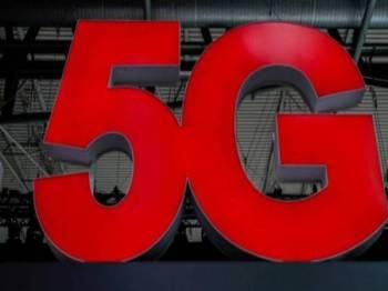 Rangkaian telekomunikasi 5G tawar pemindahan data pantas. - Gambar Hiasan