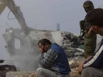Rejim Zionis kerap menggunakan alasan pembinaan tanpa permit untuk merobohkan rumah penduduk Palestin secara berterusan.