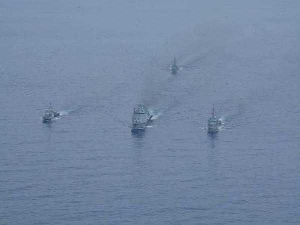 Antara kapal yang digunakan dalam siri latihan Operational Sea Training Exercise (OSTEX) di perairan Zon Ekonomi Eksklusif di Pantai Timur Semenanjung selama tiga hari bermula Rabu lalu.