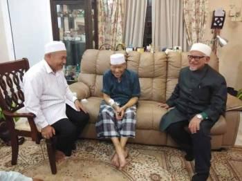 Gambar yang dimuat naik di laman sosial Facebook Timbalan Presiden Pas, Datuk Tuan Ibrahim Tuan Man semalam.