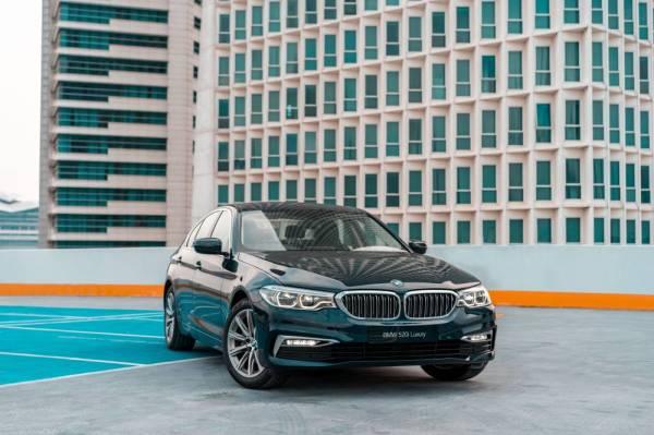 BMW 520i Luxury menampilkan rekaan 'kidney grille' yang sinonim dengan BMW.