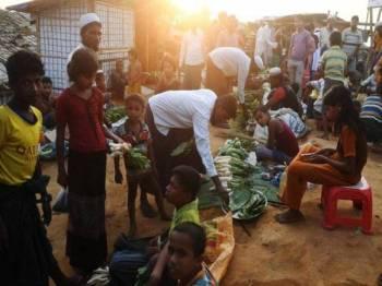 Hampir 60,000 keluarga yang mendapatkan perlindungan di kem penempatan sementara di Cox's Bazar sudah didaftarkan.