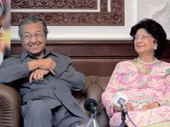 Dr Mahathir, Dr Siti Hasmah