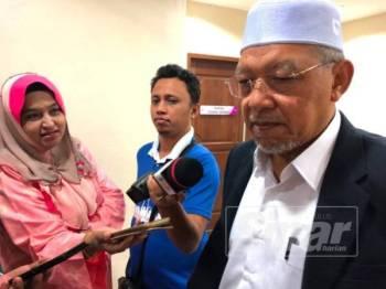 Ahmad ditemui pada sidang akhbar Mesyuarat Exco di Kompleks Kota Darulnaim tengah hari tadi.