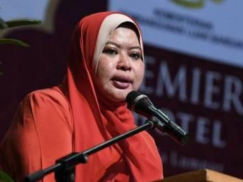Datuk Seri Rina Harun - Foto Bernama