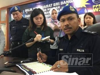 Komander PPM, SAC Mohd Yusoff Mamat ketika bercakap kepada pemberita di Markas PPM Wilayah 2 Tampoi di sini hari ini.