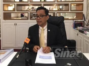 Exco Kesihatan, Kebudayaan dan Warisan negeri, Mohd Khuzzan Abu Bakar.
