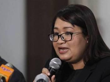 Syazlin bercakap pada sidang media bertempat di Majlis Perundingan Melayu, Jalan Ledang Off Jalan Duta. - Foto Sinar Harian Asril Aswandi Shukor.