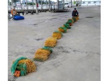 10 bubu naga dikesan dipasang tanpa pengawasan di perairan Kuala Muda, Penaga oleh individu tidak bertanggungjawab.
