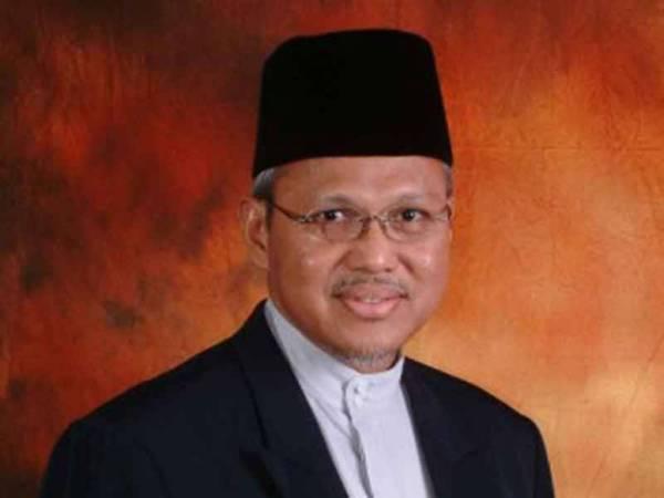 Datuk Mohd Tamyes Abd Wahid