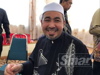 Pengerusi Jawatankuasa Kerajaan Tempatan, Perumahan dan Kesihatan, Dr Izani Husin.