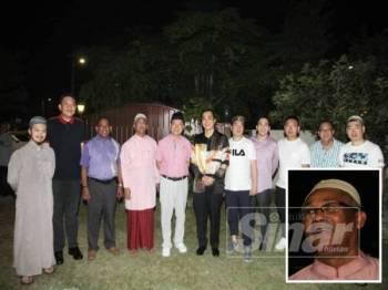 Sebahagian delegasi sahabat muslim dari Xian, China yang dijemput khas hadir, semalam. (Gambar kecil: Roshidi)