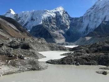 Kira-kira 13 peratus ais pada 1975 dilaporkan 'hilang' pada tahun 2000.