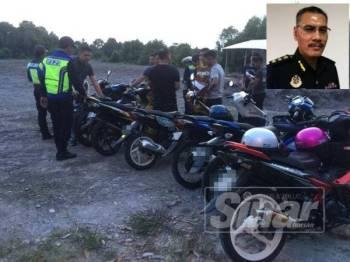 Anggota UPB JPJ Terengganu sedang melakukan pemeriksaan ke atas sebahagian motosikal ditunggangi mat rempit yang ditahan dalam Ops Khas Mat Rempit, semalam. (Gambar kecil, Zulkarnain)