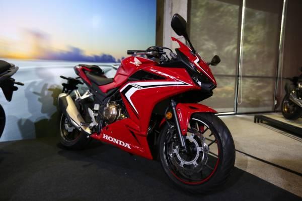 WARNA merah Honda CBR500R dijangka menjadi buruan ramai.