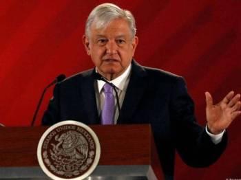 Presiden Mexico, Andres Manuel Lopez Obrador umum pelan sediakan 40,000 peluang kerja kepada migran. - Foto Reuters
