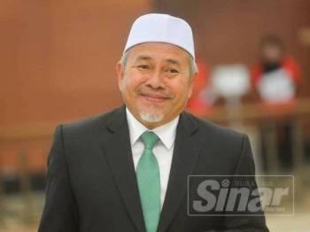 Tuan Ibrahim ketika ditemui media di lobi Parlimen di sini hari ini. - FOTO SHARIFUDIN ABDUL RAHIM