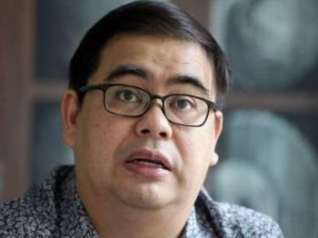 Prof Madya Dr Awang Azman Awang Pawi