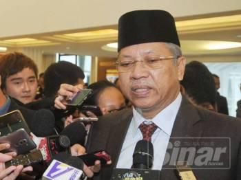 Ahli Parlimen Keterah, Tan Sri Annuar Musa ditemui media di Parlimen. -  FOTO ROSLI TALIB
