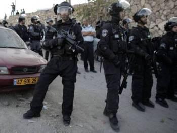 Kehadiran polis Israel mencetuskan ketegangan di kawasan kejiranan al-Issawiya di timur Baitulmaqdis.