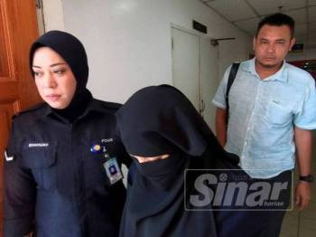 Tertuduh, Diyana Remle, 30, tidak mengaku salah atas dua pertuduhan pecah amanah melibatkan hampir RM2 juta di Mahkamah Sesyen Kuala Terengganu, hari ini.