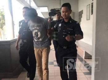 Tertuduh mengaku tidak bersalah di Mahkamah Sesyen Ayer Keroh atas pertuduhan merogol seorang remaja perempuan.