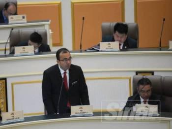 Mohd Rafiq ketika menjawab soalan wakil rakyat pembangkang mengenai Pelabuhan Tanjung Bruas ketika Persidangan DUN Melaka ke-14 di Seri Negeri, Ayer Keroh hari ini.