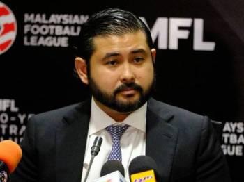 Tunku Ismail ketika berucap pada sidang media selepas melancarkan Pelan Strategik 50 Tahun MFL di Iskandar Malaysia Studio di Iskandar Puteri hari ini.