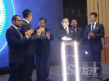 Amirudin merasmikan Majlis Sidang Kemuncak Perniagaan Antarabangsa Selangor 2019 (SIBS) hari ini.