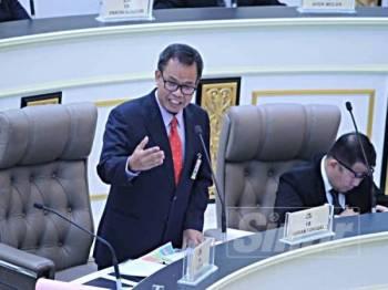 Mohd Sofi ketika menjawab soalan Persidangan Kedua Penggal Kedua DUN Ke-14 di Seri Negeri, Ayer Keroh, di sini hari ini.