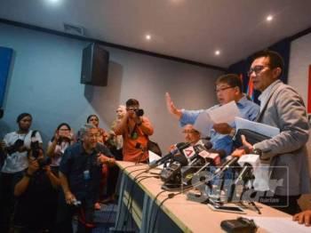 Sidang Media Majlis Pengerusi-pengerusi Pimpinan Negeri PKR di Ibu Pejabat PKR hari ini. - Foto Sinar Harian SHARIFUDIN ABDUL RAHIM