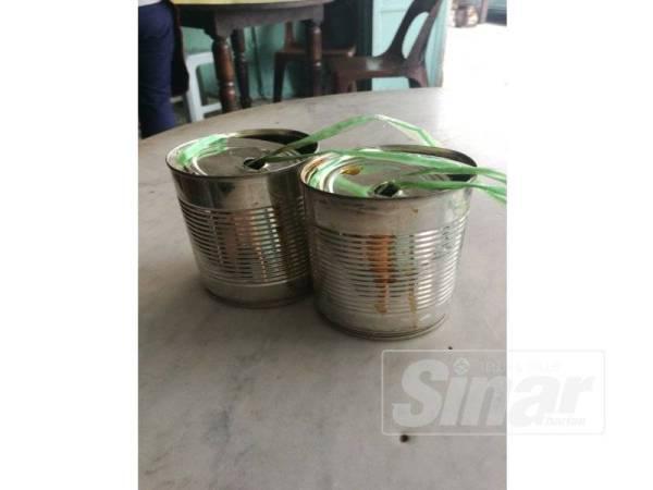 Kopi diisi dalam tin dipanggil kopi kong.