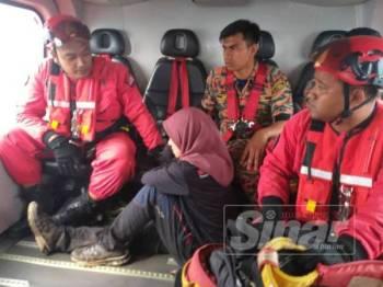 Mangsa mengalami kecederaan ketika mendaki Gunung Korbu diterbangkan ke Kem 2 Renjer Tentera Darat, Tambun dengan menaiki helikopter.